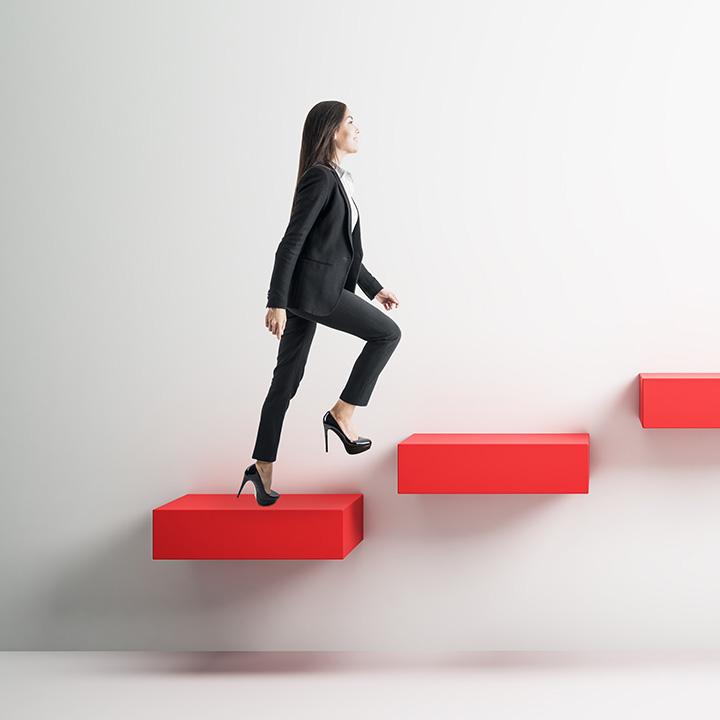 ステップアップを目指すなら資格取得は必須